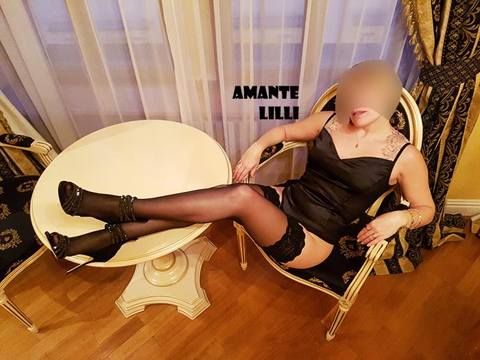 AmanteLilli en lingerie à l'hôtel de luxe à Prague, coquine libertine, site libertin, blog libertine, site coquin, blog coquine, lingerie hotwife, body sexy, talons aiguilles, Casadei fetish, nylon Wolford fétiche, couple libertinage,